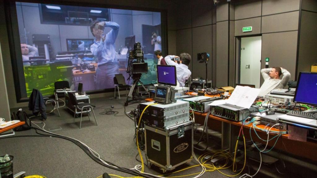 Testy transmisji 8K 3D na odległość 17 tys. km w sieci 100Gb/s