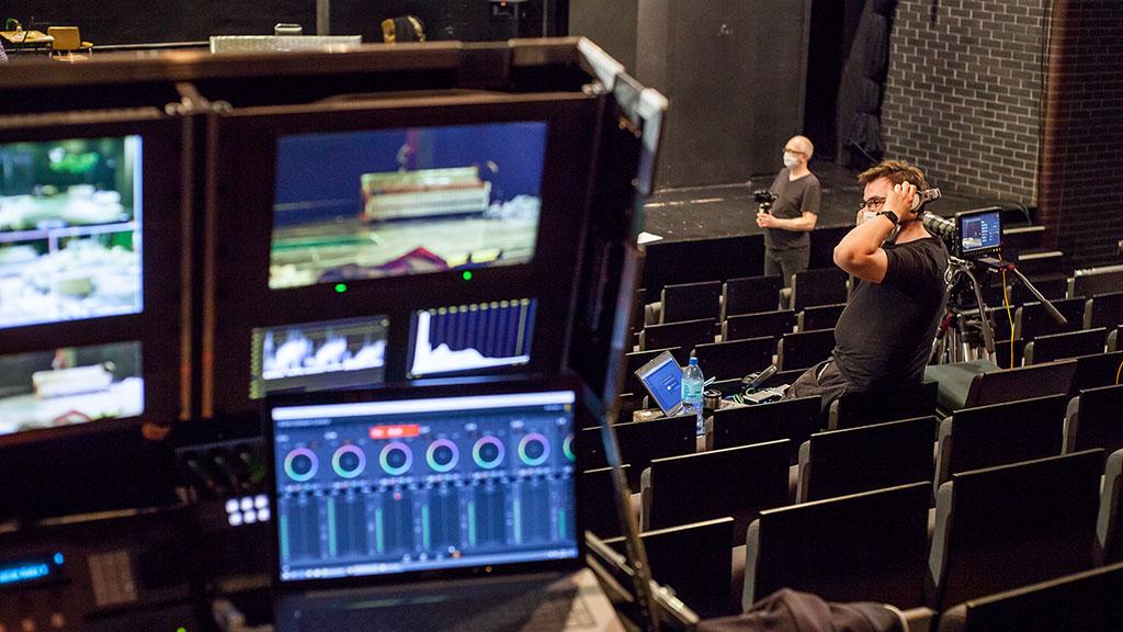 PCSS partnerem technologicznym spektaklu w Teatrze Nowym